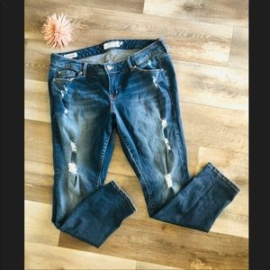Like New Torrid Distressed Boyfriend Jeans